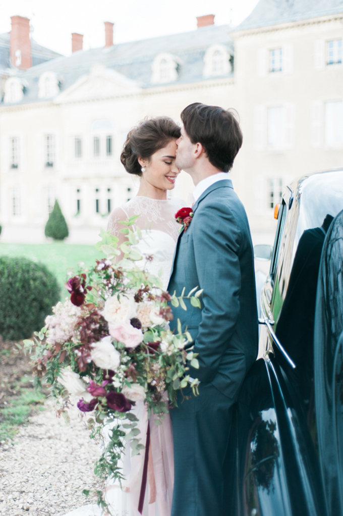 beautiful-elegant-wedding-inspiration-shoot-burgundy-accents-10x