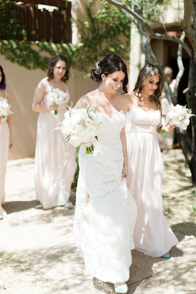 dreamy-wedding-green-white-hues-11