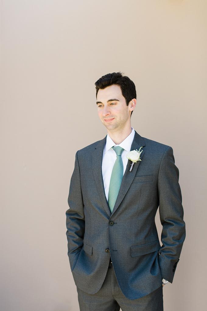 dreamy-wedding-green-white-hues-15