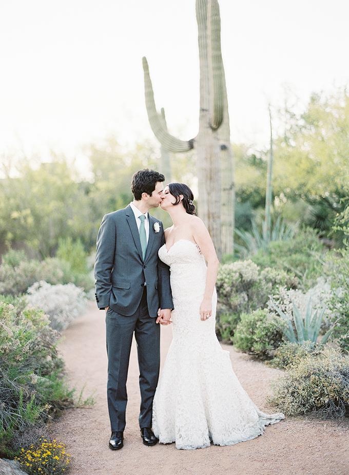 dreamy-wedding-green-white-hues-33