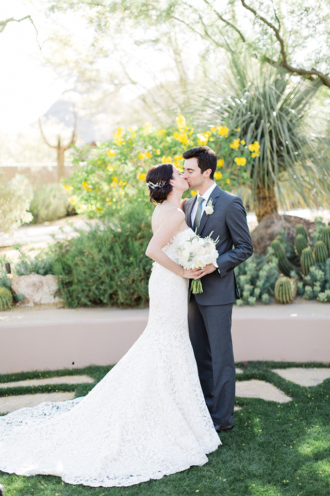 Dreamy wedding in green and white hues