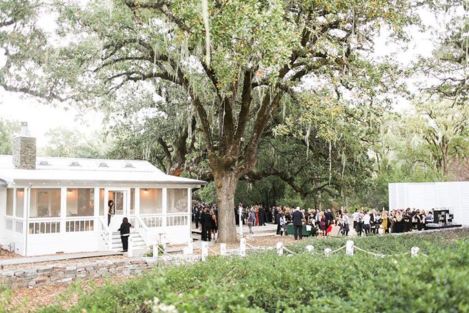 opulent-wedding-black-orange-hues-05