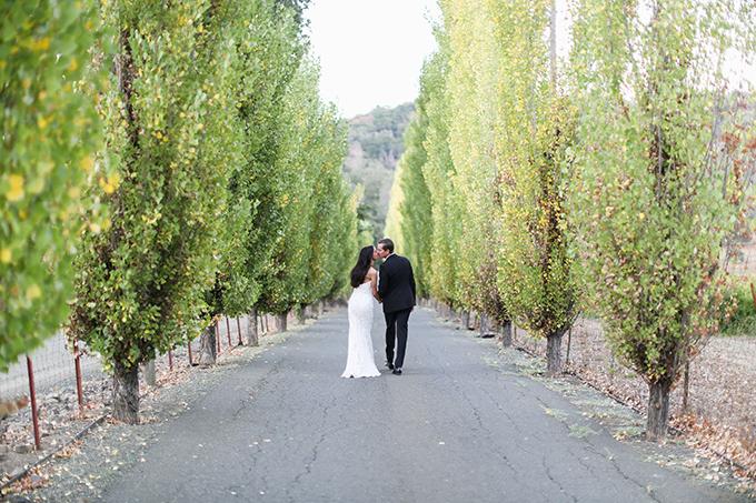 opulent-wedding-black-orange-hues-18