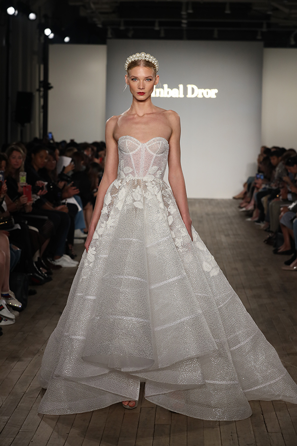 fall-bridal-runaway-show-inbal-dror_06