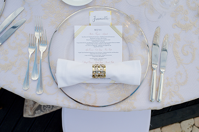 luxurious-wedding-crystal-chandeliers-gold-touches_19