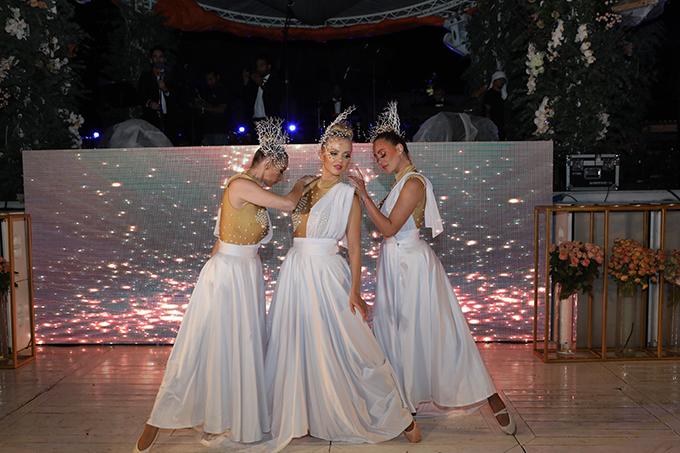 impress-guests-spectacular-entertainment-shows-la-clé-entertainment_06