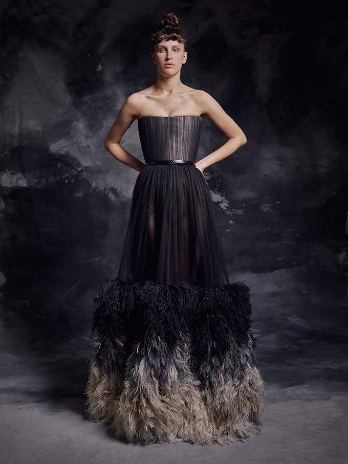 enchanting-luxurious-creations-thrilling-look-krikor-jabotian_04