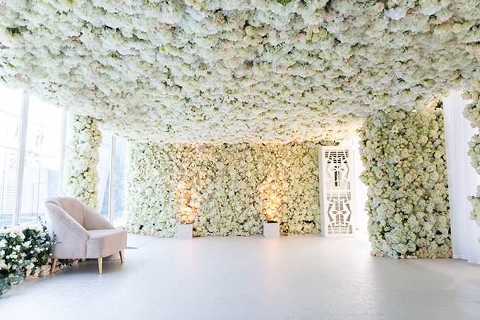 luxurious-blooming-wedding-white-hues_03
